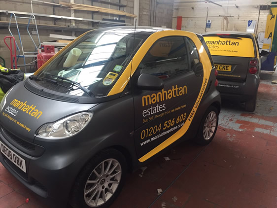 Vehicle wrapp of a Smart car for Estate agent.